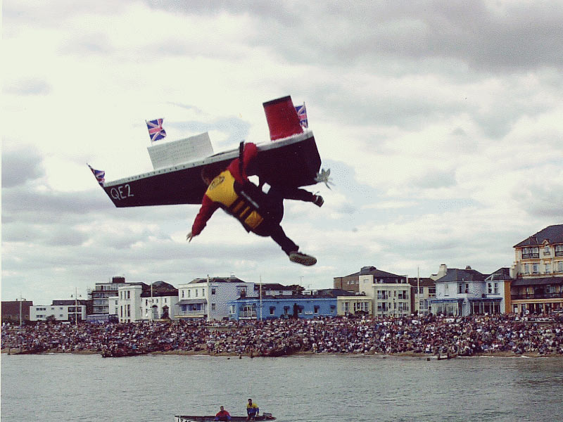 Bognor Regis Flying High with Aerial Birdman 01 09 15
